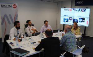 Mira Digital Signage participó en la mesa Redonda organizada por Digital AV y Nec Display